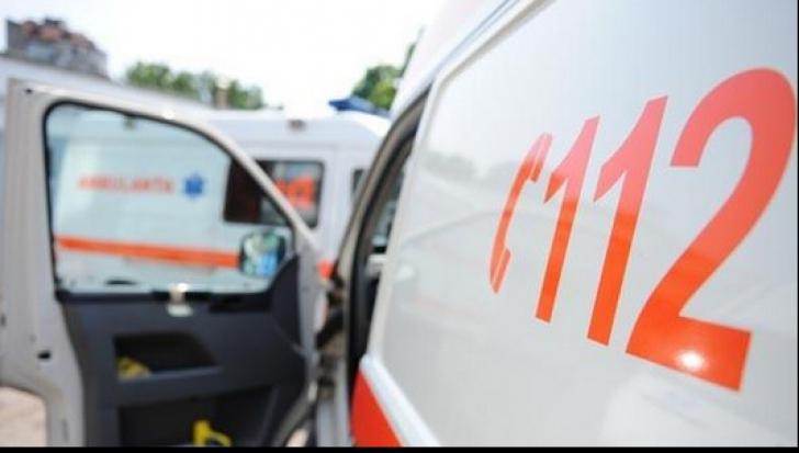 Explozie într-un bloc din Constanţa. Trei persoane, rănite
