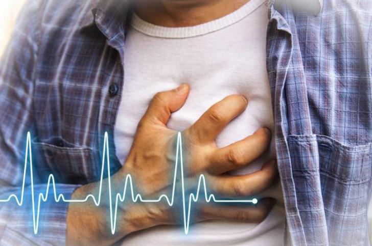 Care sunt semnele unui atac de cord. Poţi salva o viaţă dacă le cunoşti