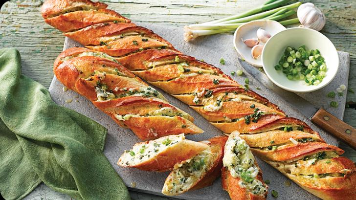 Cum să pregăteşti o cină delicioasă din trei ingrediente. Rapid, eficient şi extrem de savuros