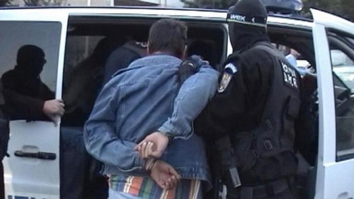 Satu Mare: Fiul profesorului universitar ucis a fost prins.E principalul suspect în dosarul de crimă