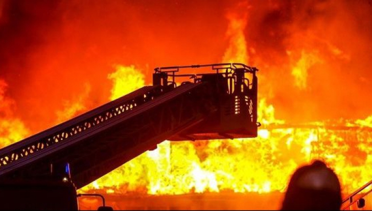 Incendiu în staţiunea rusă Soci. Cel puţin opt morţi