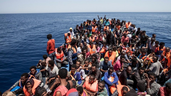 Avertismentul MSF: Închiderea porturilor de către Italia pentru migranţi are costuri umane ridicate