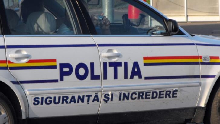 Fiul fostului şef al Seviciului Arme din Poliţia Capitalei, prins când transporta 14.000 de cartuşe
