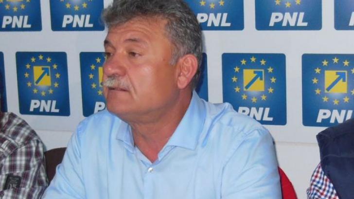 Primarul din Alba Iulia vrea ca Biserica şi Armata să plătească impozit ca orice contribuabil