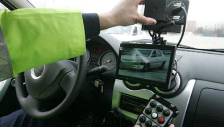 Radarele de pe maşinile Poliţiei, la vedere sau ascunse? Decizia de azi îi afectează pe toţi şoferii