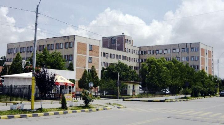 Un bărbat din Rovinari a murit lângă spital. Nu mai erau paturi disponibile pentru internare