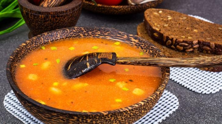 Reţeta zilei: Supă de fasole cu paste