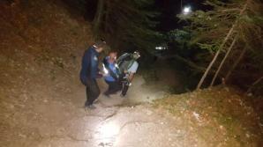 Doi turişti americani, rătăciţi pe traseul spre Crucea Caraiman, recuperaţi de jandarmii montani