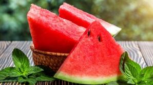 Greşeala pe care o faci atunci când mănânci pepene şi care te poate îmbolnă