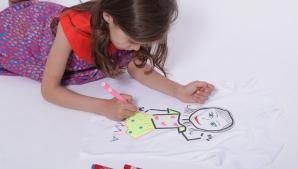 Cum să scoţi petele de marker de pe haine. Este extrem de simplu