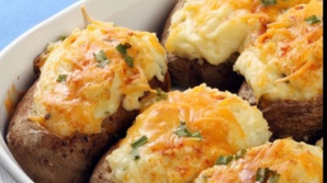 Reţeta zilei: cartofi umpluţi. Secretul care îi face absolut delicioşi