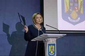 Ministrul Carmen Dan, atac fără precedent la adresa Serviciilor, după protestul diaporei / Foto: Inquam Photos / Octav Ganea