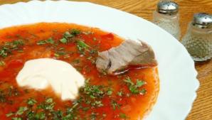 Aroma prânzului de acasă: cum găteşti ciorba de văcuţă perfectă
