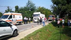 Momentul tragediei din Argeş, în care a murit o femeie, filmat în direct de un şofer