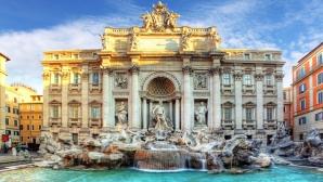 Fontana di Trevi, sufocată zilnic de fluxul mare de turişti