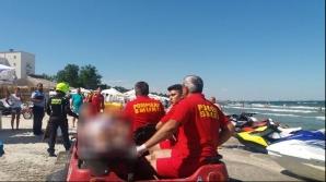 Alertă pe litoral! Steag roşu, cel puţin 7 persoane scoase din valuri
