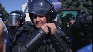 INCIDENTE la Mitingul Diasporei. Jandarmii au folosit gaze lacrimogene: peste 20 de răniţi / Foto: Inquam Photos / Octav Ganea