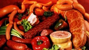 Alimentele care hrănesc cancerul. Experţii au publicat lista