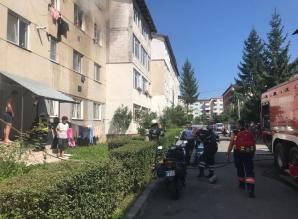Copil de 3 ani, la spital după ce a provocat un incendiu