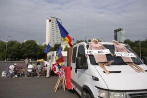 Primii sosiți la protestul din 10 august