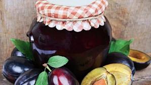 Aşa faci cel mai delicios magiun de prune fără zahăr, după reţeta de la Topoloveni