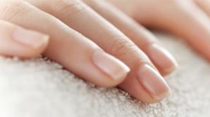 Semnul de pe unghie care anunţă cancerul de plămâni