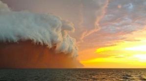 Cum se formează un uragan?