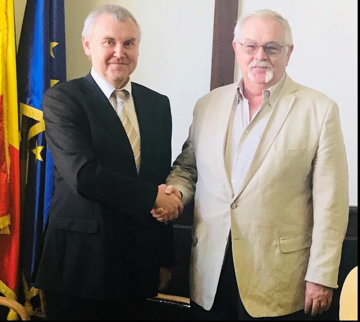 Ministrul Anton Anton și reprezentantul oficial al Belarusului