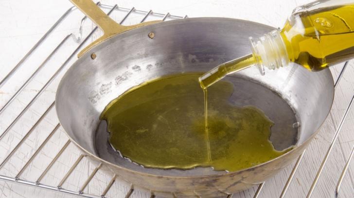 Greşeala pe care o fac toate gospodinele când gătesc cu ulei de măsline