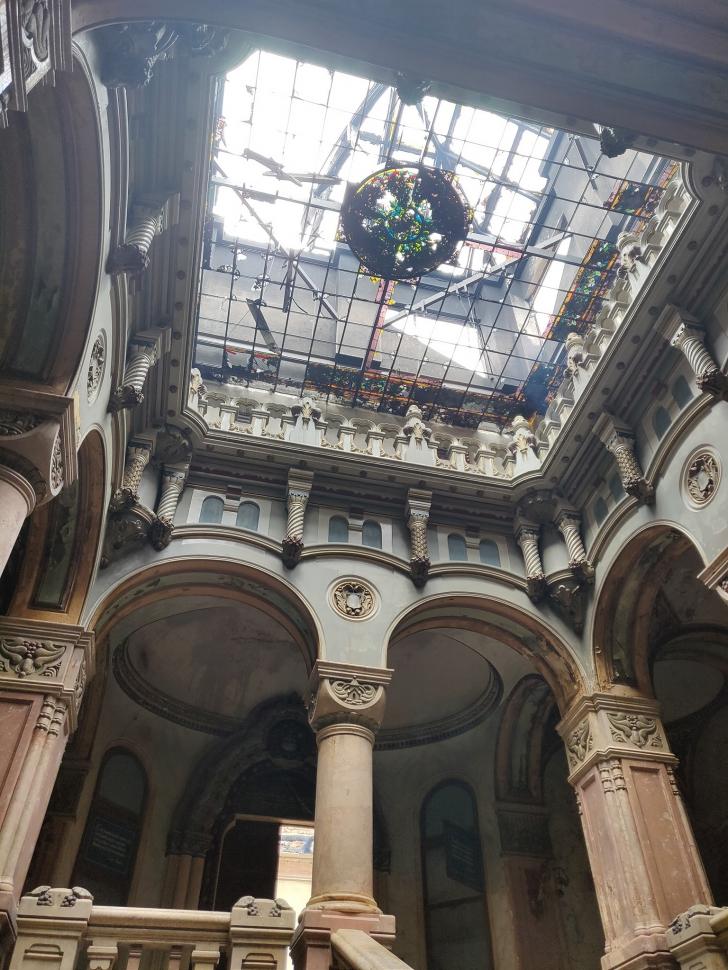Imagini tulburătoare! Cum arată interiorul Palatului Episcopal după incendiu