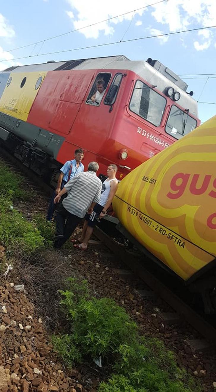 Tren la Videle
