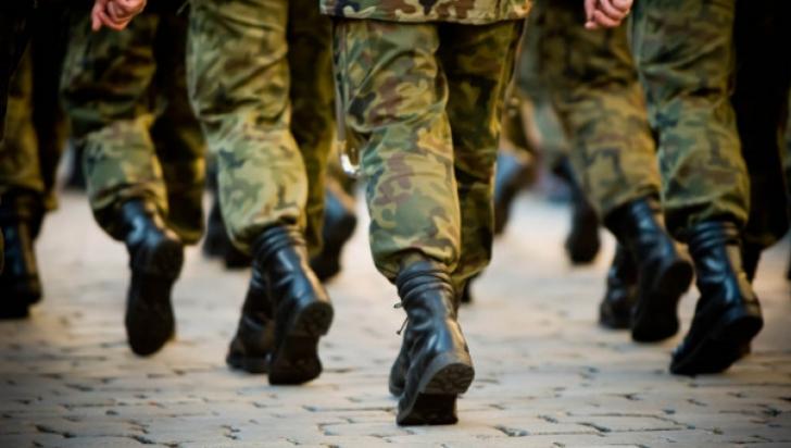 NATO: Patru militari din Afganistan au fost testati pozitiv cu noul coronavirus