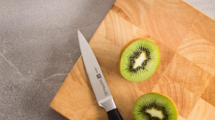 Tradiţiile lunii august. Când nu este bine să foloseşti cuţitul? Superstiţii pentru sfârşitul verii