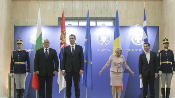 Situaţia din ţară, pe plan extern: deţinerea preşedinţiei Consiliului UE, sub semnul întrebării