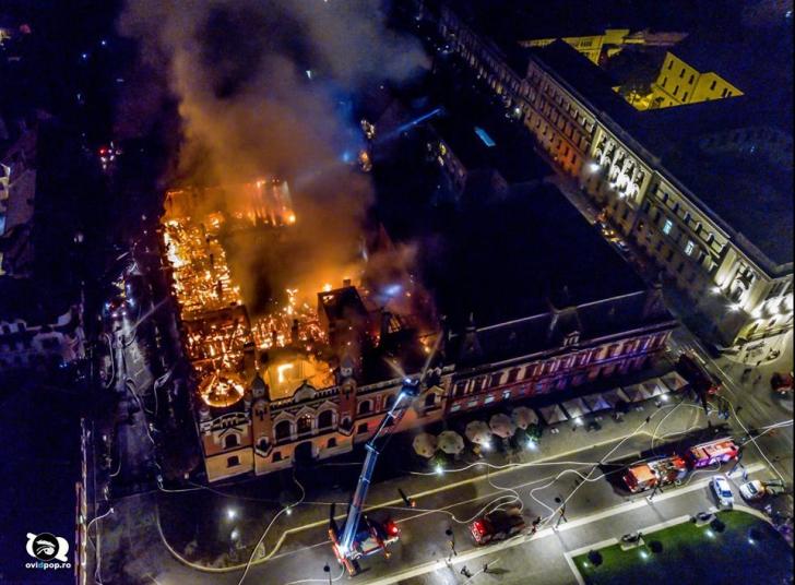 Incendiul de la Oradea, filmat din dronă. Cum arată clădirea după (VIDEO + FOTO)