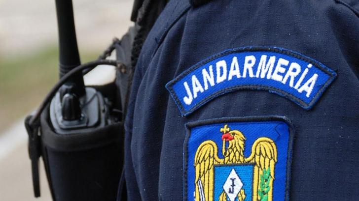 """Mesaj bizar al Jandarmeriei pentru protestatarii de 1 Decembrie: """"Se descalifică ca români"""""""