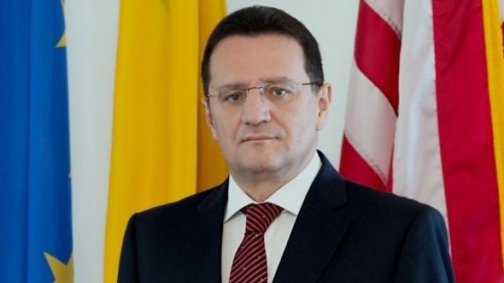 George Maior