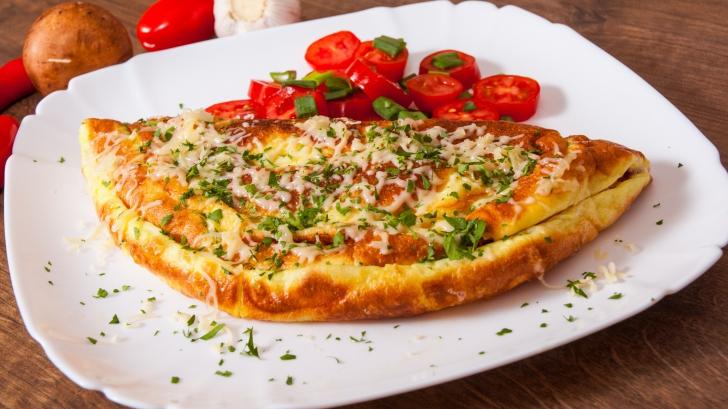 Ce ingrediente poţi folosi în omletă. Sigur nu ştiai acest lucru