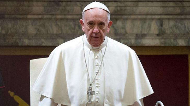 Vaticanul corectează declaraţia Papei privind homosexualitatea