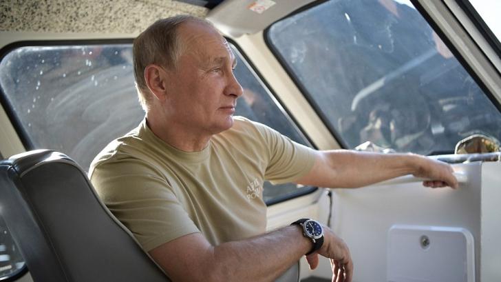 """Vladimir Putin, imagini """"în premieră"""" din timpul vacanței"""