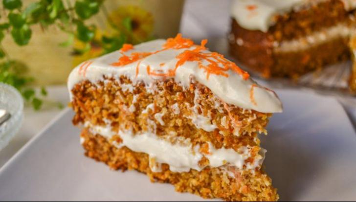 Reţeta zilei: tort de morcovi. E absolut delicios