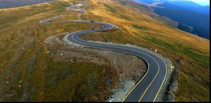 Circulația pe Transfăgărășan și Transalpina se închide, de marți, pe sectoare de munte