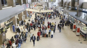 O companie aeriană îşi întrerupe temporar operaţiunile în România