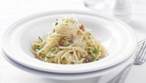 Cum să faci spaghete carbonara mai sănătoase