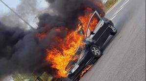Maşină în flăcări - Piteşti