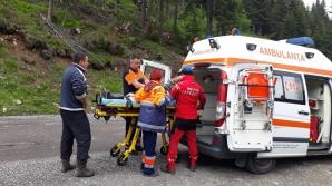 Clipe de groază pe Transfăgărăşan. O turistă din Germania s-a automutilat: şi-a crestat mâinile!
