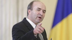"""Toader îi răspunde lui Teodorovici: """"Declaraţia, probabil emoţională, a făcut referire la altcineva"""""""