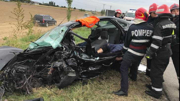 TRAGEDIE. Plan ROŞU de intervenţie în Vrancea! Accident extrem de grav, patru persoane au murit