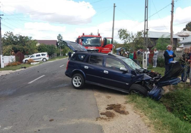 Accident cu 9 victime în Argeş, un microbuz a fost implicat