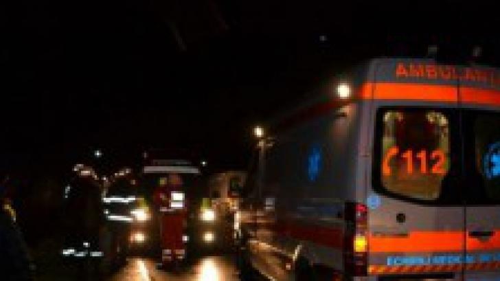 Accident grav în Suceava: trei persoane au fost rănite, după ce un tânăr a adormit la volan